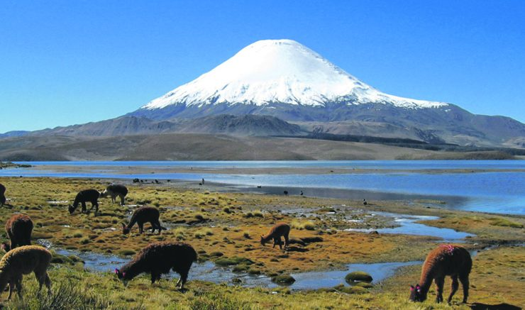 One of the many dormant Volcanoes in Chile. Image: Wikipedia Commons, Michel