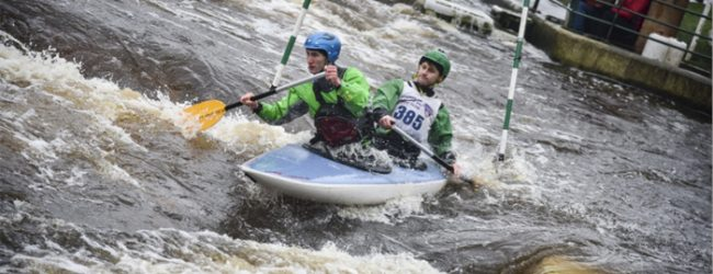 Canoe paddle their way to silver