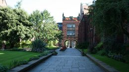 The Quadrangle, Newcastle University. Image: Wikimedia Commons, Peter Clarke.