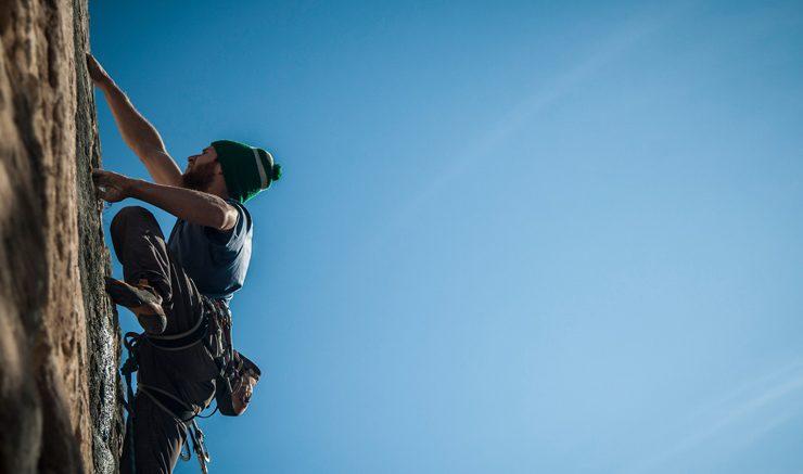 Support climbers. Image: Flickr, Tiziano Deromedi.